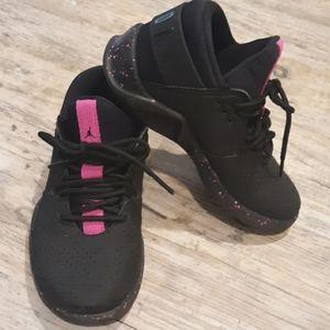 11.5 black Jordans